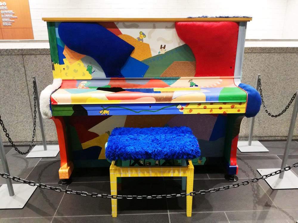toomilog-Art_Piano_in_Marunouchi_2018_010