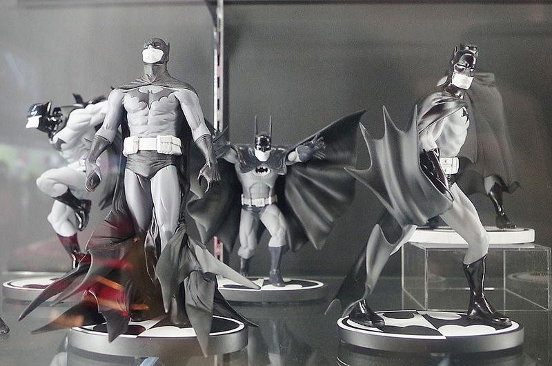 toomilog-Batman _100_HotToys_2016_042