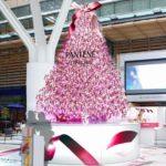 東京ミッドタウンに心拍数で色が変化する体験型クリスマスツリーが登場